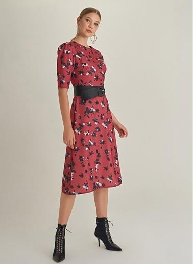 NGSTYLE Balon Kollu Desenli Elbise Kırmızı